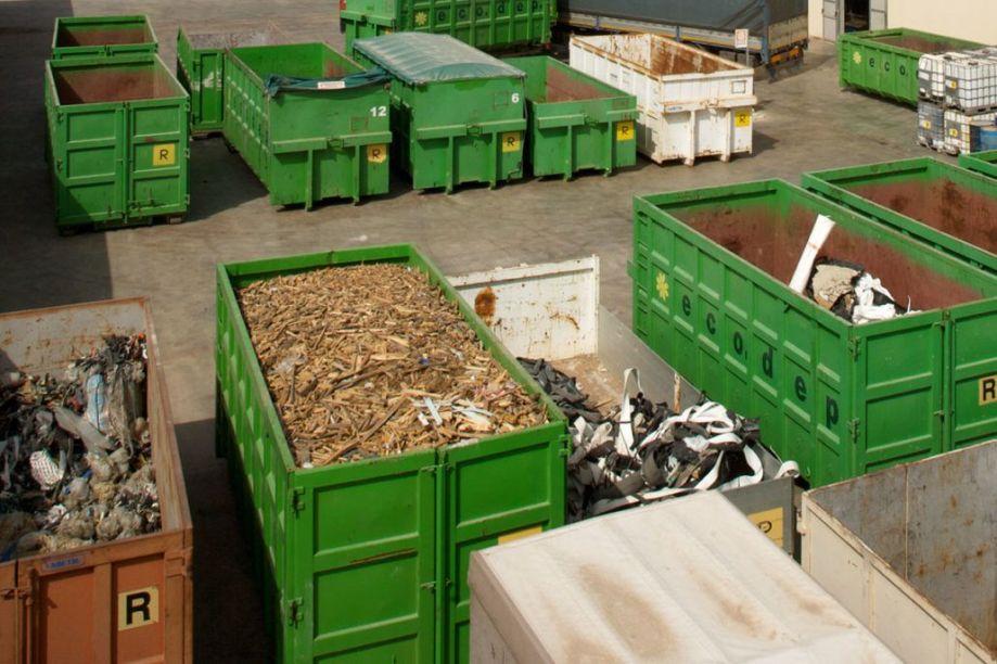 trasporto-rifiuti-ecodep-02-1030x686