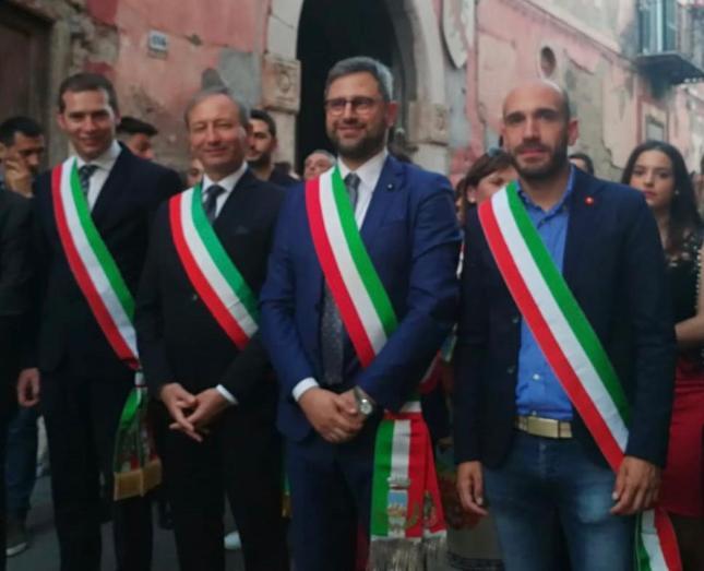 da sinistra Ferrara, Pirozzi, Guida, Di Nuzzo (vicesindaco Cervino)